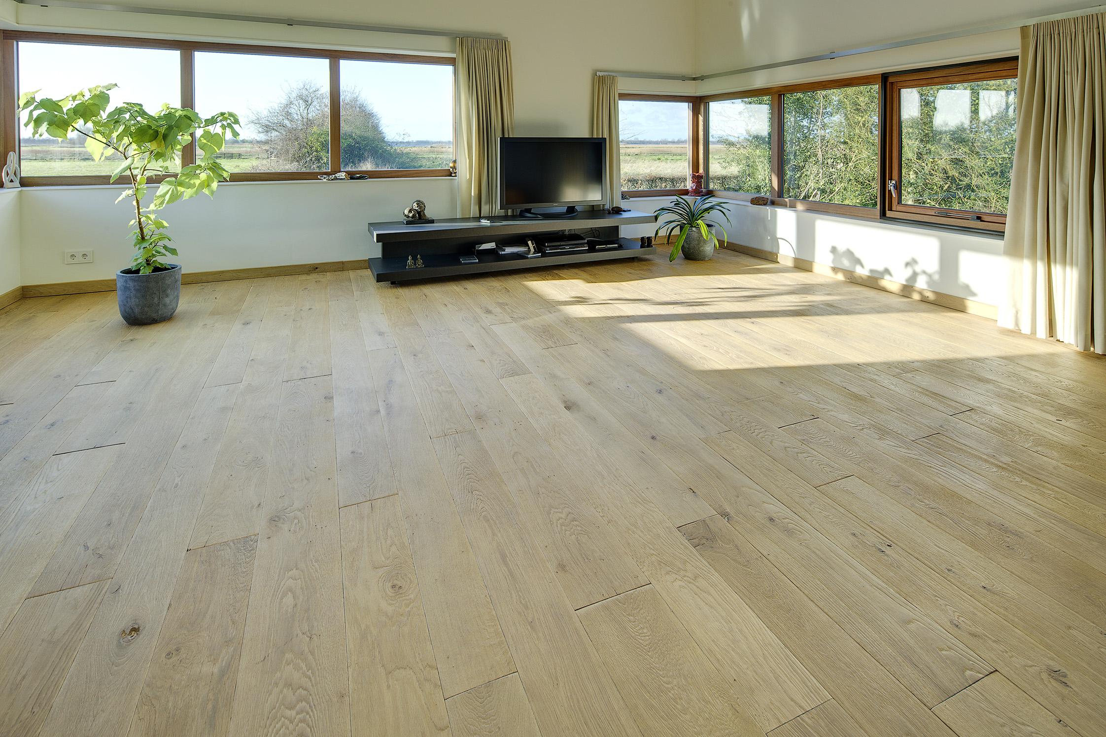 Houten Vloer Massief : Massieve vloeren vloerengalerie